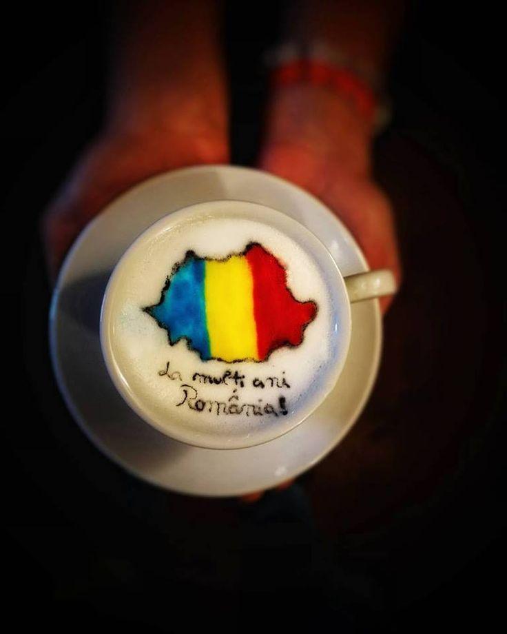 La mulți ani, România!  La mulți ani tuturor baristilor si pasionaților de cafea romani! ❤️ #lamultiromania #lamultiani #romania #1decembrie #barista