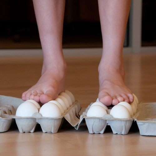 How to walk on eggs and a lot more fun science experiments. Not just for kids ;)