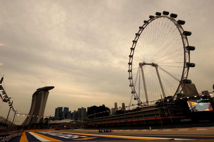 2017 Singapore GP - Marina Bay Street Circuit  #SauberF1Team #25YearsInF1 #ChineseGP #F1 #Formula1 #FormulaOne #motorsport