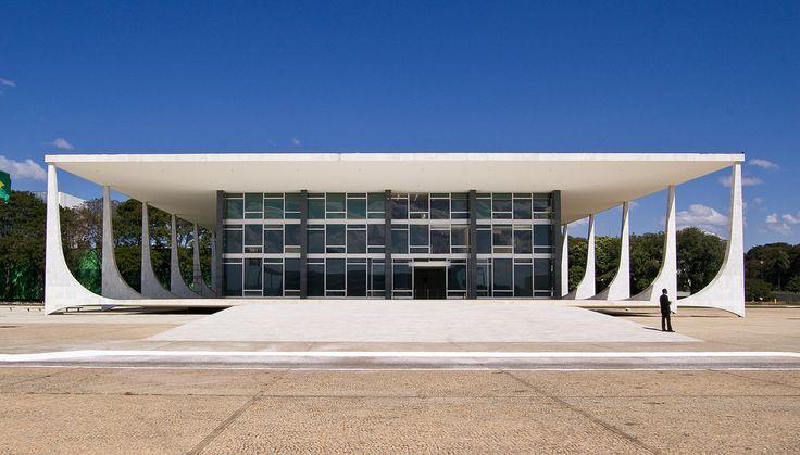Brasilia Supreme Court, Brasilia DF, Brazil by Oscar Niemeyer Photos: Christoph Diewald