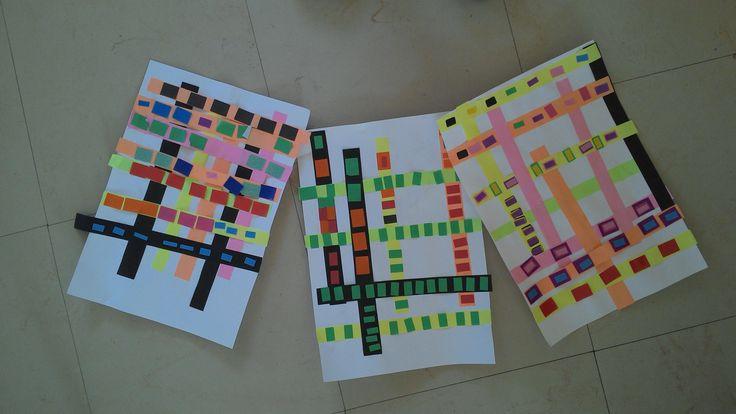 MS GS Septembre. Coller des bandes de papier horizontalement et verticalement sur la feuille. Coller des gommettes rectangulaires sur les bandes. Inspiration Mondrian
