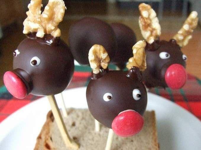 Renne di Babbo Natale in versione cake pops