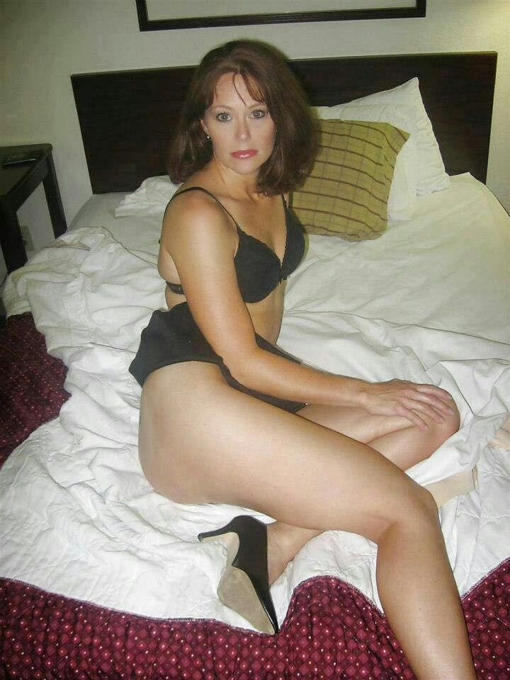 snowflake cougars personals Jane wiedlin, fluffy snowflake  dating site thinks this is a good match for me  be a cougar, go for a young guy.