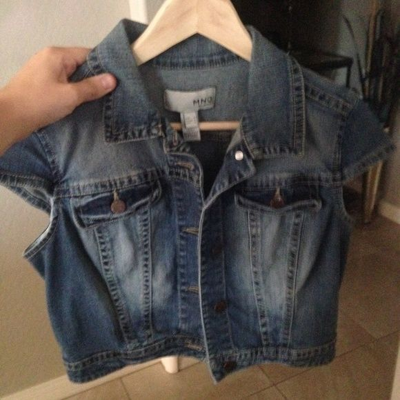 Short sleeve jean jacket This fits shorter! Great condition, just doesn't fit me anymore let me know if you want any other pictures or make me an offer! Mango Tops
