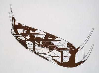 In the exhibition, the fragile fragments from the Hjortspring boat is attached on a metalframe, which displays the boats original form in the exhibition.