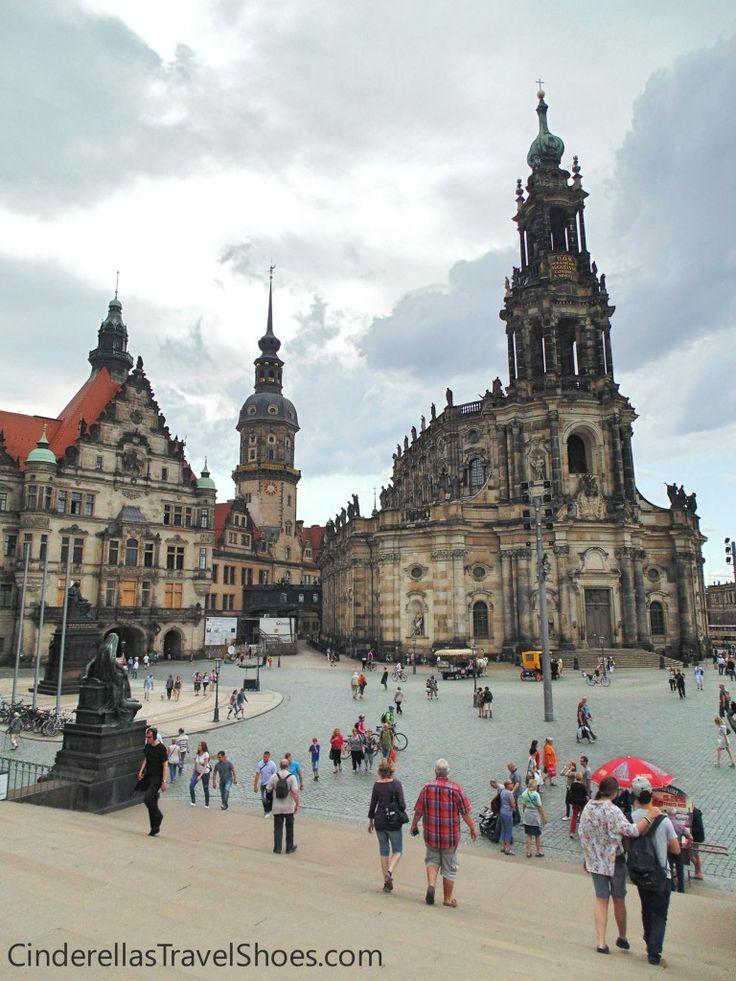 View Landhaus and the Kreuzkirche