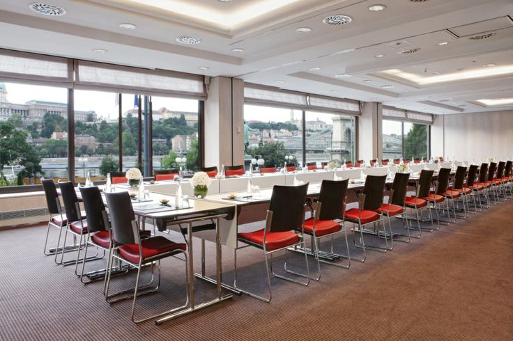 Bellevue meeting room is ready to welcome your meeting at Sofitel Budapest Chain Bridge