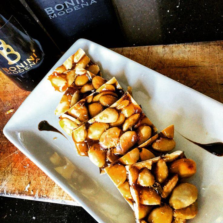 Croccante di mandorle e Condimento Bonini Gustoso. #balsamico #croccante www.balsamicobonini.it