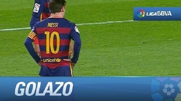 Kolejny piękny gol Lionela Messiego z rzutu wolnego • FC Barcelona vs Sevilla w La Liga • Tak Messi ukuł z wolnego • Zobacz więcej >> #messi #lionelmessi #barca #fcbarcelona barcelona #football #soccer #sports #pilkanozna