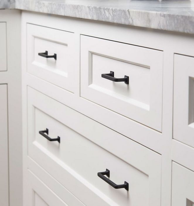 40 The Ultimate Farmhouse Kitchen Cabinet Handles Hardware