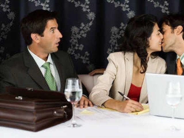 Relaciones amorosas en el trabajo: ¿Si o no? | Notas | ModaMood