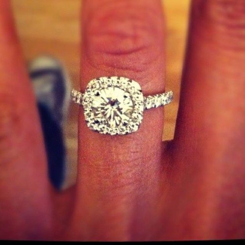 Holy gorgeous. Dream ring.