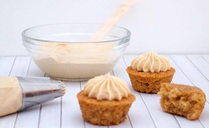 Mini cupcakes de speculoos, el sabor de esta galletita es hiperfamoso y ahora que tenemos el speculoos en pasta podemos hacer millones de recetas con este fantástico sabor