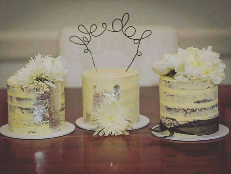 Semi Naked Wedding Trio #thebakespace #seminakedcake #weddingcake #wedding #fresh #flowers #whiteandblack #caketopper #cake