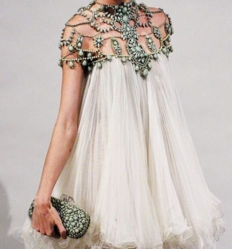 Vintage Chanel... i want this to be my wedding after party dress!!!