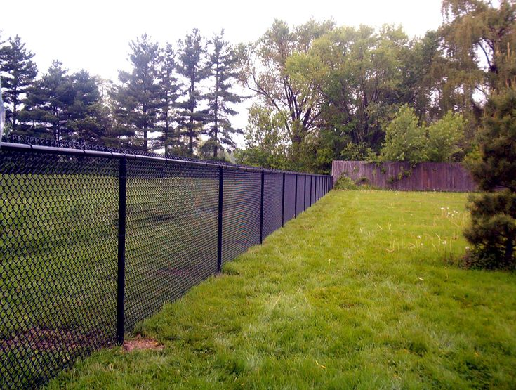 To Use It In Such Hostile Environments The Wire Must With Pvc Coated Black Chain Link Fence