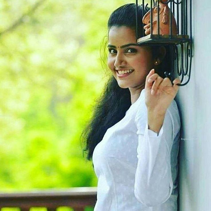 #Anupama_parameswaran