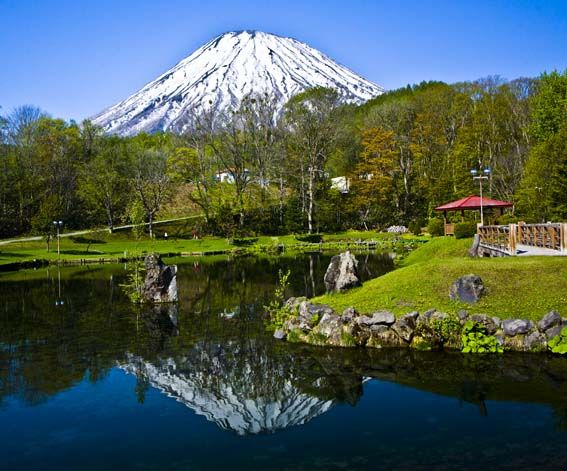 ふきだし公園から望む羊蹄山。 京極町のふきだし公園は羊蹄山の湧き水が出るおすすめスポットです。