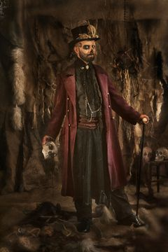 Le costume vaudou du Baron Samedi est disponible à la location.