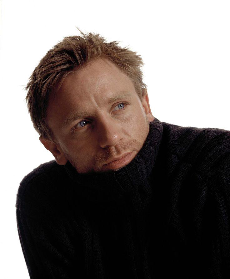Daniel Craig, 2001