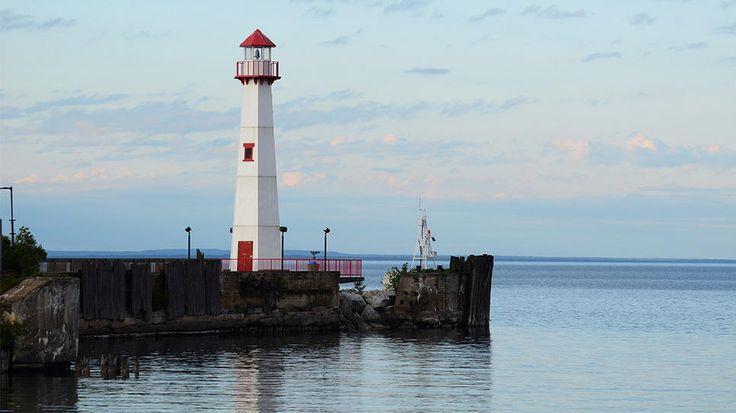 Mackinac Island, Michigan: Mackinac Islands Michigan, Daily Escape, Round Islands, Michigan Lighthouses, Islands Lighthouses, Islands Points, Lighthouses Rise, Lakes Michigan, Points Lighthouses