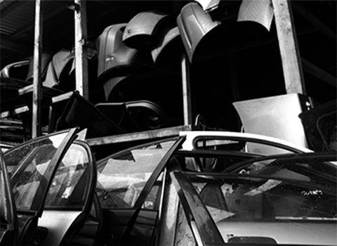 http://www.kazmet.com.pl/ Auto złomowanie dla miast: Katowice, Chorzów, Siemianowice Ślaskie Skupujemy Auta wszystkich marek dojazd na terenie miasta Chorzów, Siemianowice