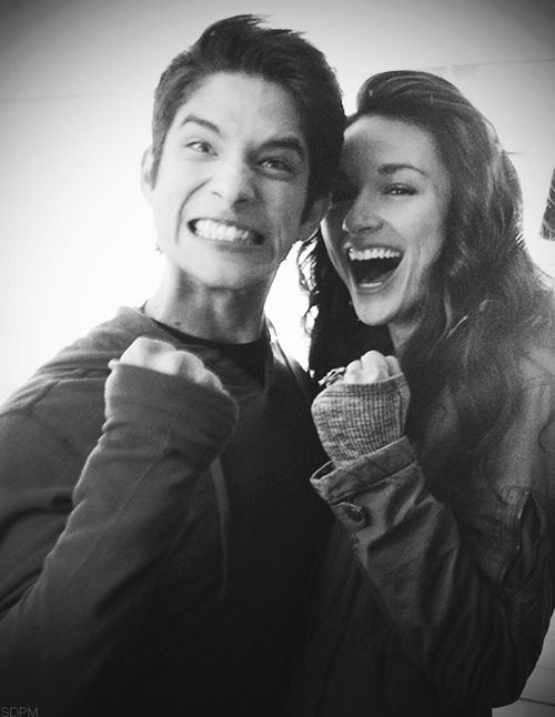 to make this picture even better it's Tyler Posey and Chrystal Reed from Teen Wolf <3
