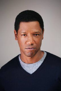Tory Kittles Picture