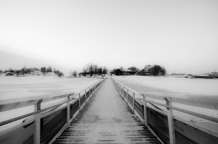 Kaivopuisto attraverso il mare by Graziella Serra Art & Photo on 500px