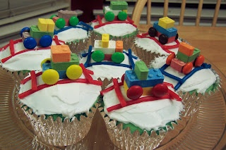 Train cupcakes using candy blocks and twizzlers