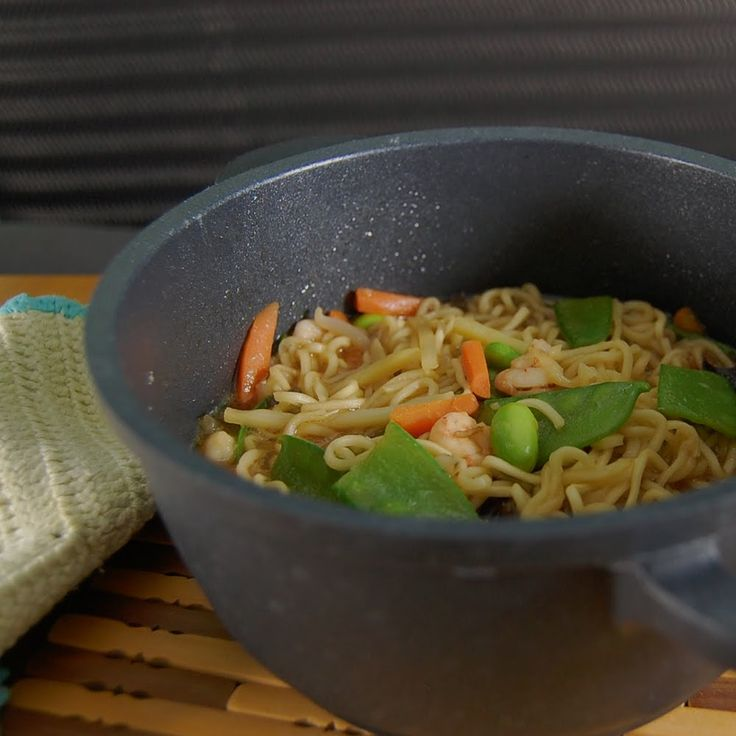 Instant-Nudeln ist Ungesund Wir Machen sie Gesund: Basisgewürz Braten Reis und Nudeln Vegan Food #asianfood #asiatisch #exotisch