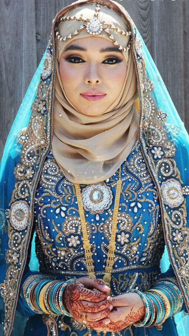 Unique bridal hijab style
