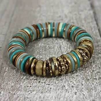 Turquoise Buttons Bracelet/ It needs more diversity in sizes, the colour differences are great.~<3