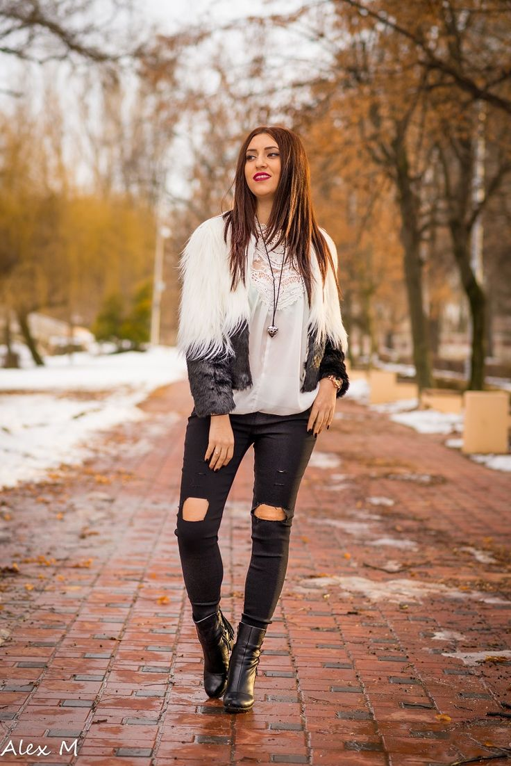 haina de blana artificiala si blugi rupti (5)