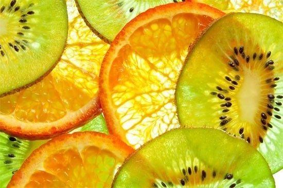 Centrifugato con arance, <br>mela, kiwi e zenzero