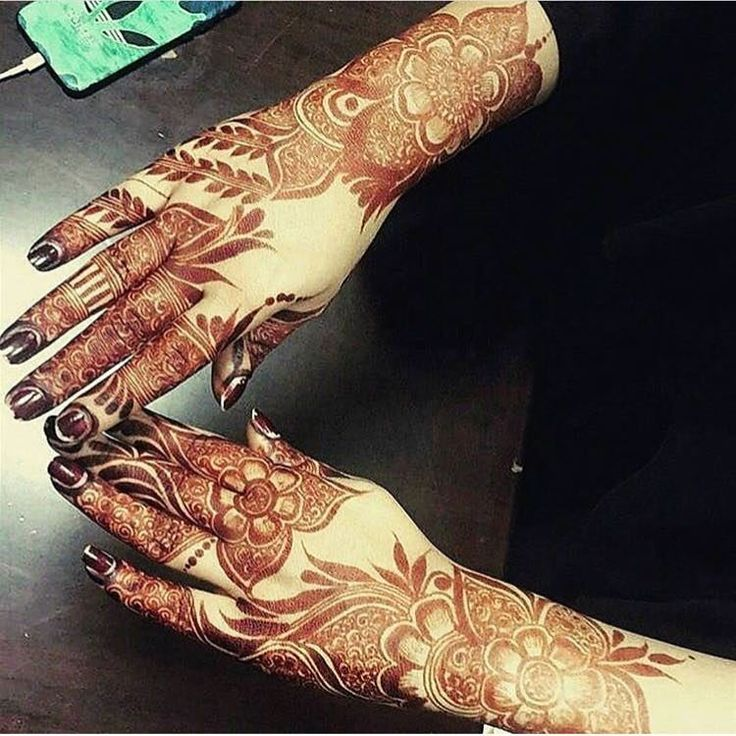"""3,352 Likes, 20 Comments - Henna Artist (@rifas_henna_alain) on Instagram: """"Booking for henna services,, Call/ whatsapp:0528110862,, Al Ain, UAE"""""""