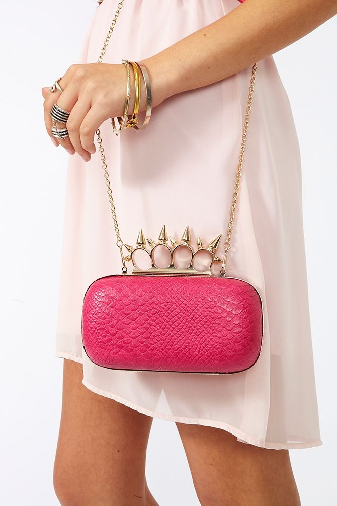 Spiked Knuckle Clutch: Street Cred, Bags Swag, Knuckle Clutchng, Knuckle Clutches, Spikes Knuckle, Fashionmi Style, Anna Style, Nasty Gal, Beautiful Amazing