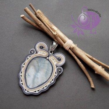 Szkatułka Emi: #148 Wisior sutasz z masą perłową