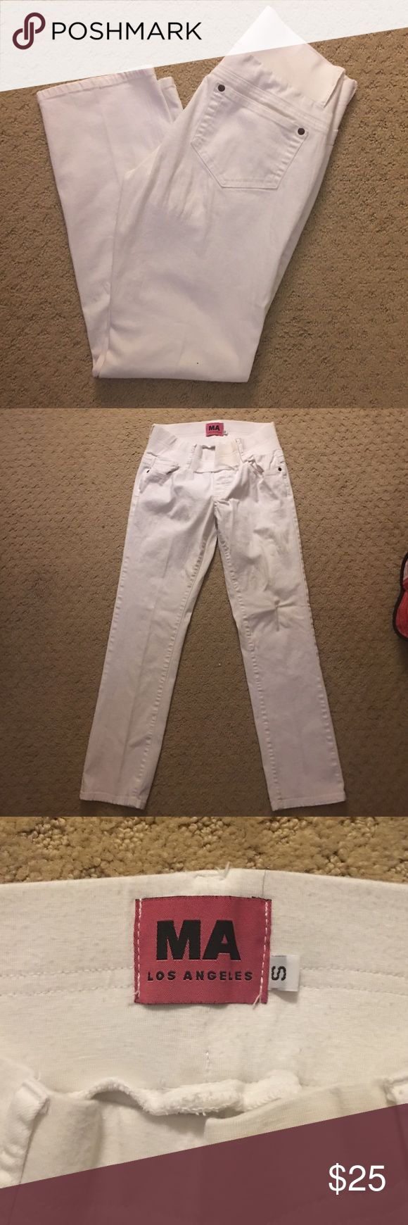 Women's Maternity Jeans White Ankle Length Maternity Jeans. Great Condition. Supportive Belly Band, super comfortable! Maternal America Pants Ankle & Cropped