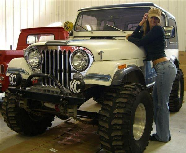 Hot Mopar Page 70 - General Discussion - Mopar Forum jeep girl