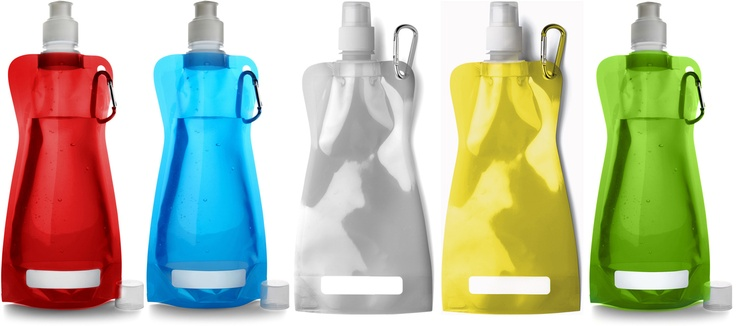 Acceptées: Bouteilles froissables réutilisables // Reusable collapsible bottles