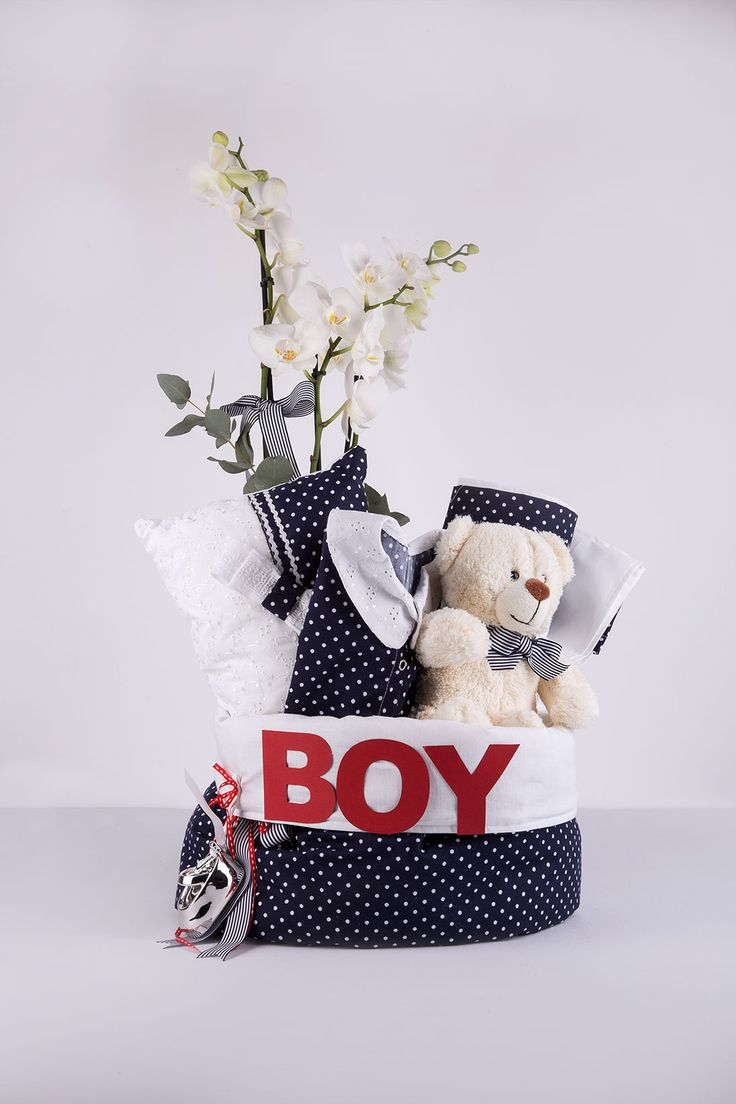 handmade cloth bag!decorated with a teddy bear, orchid and many more!