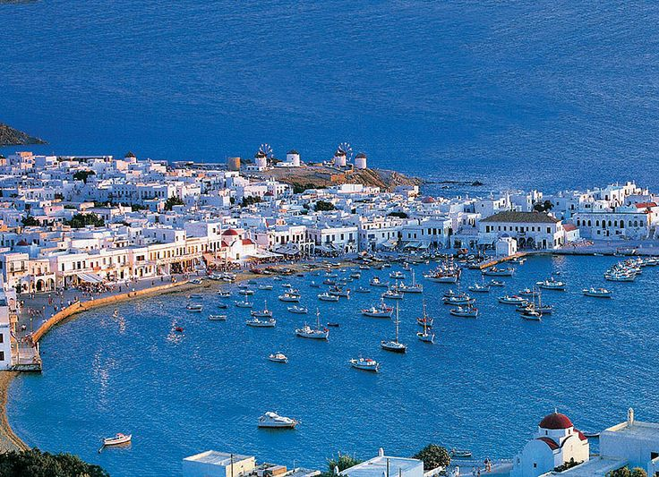 A panoramic view of Mykonos town. #picturesque