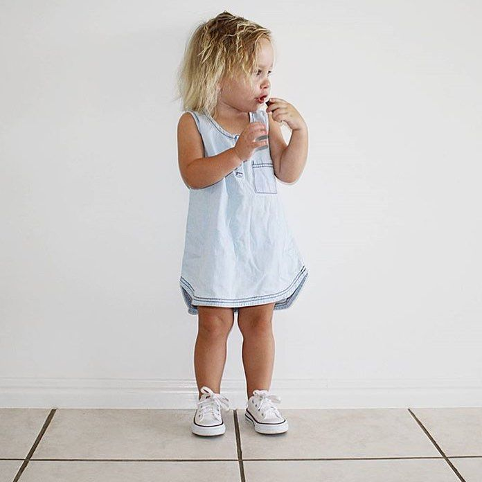 Gorgeous pic of @courtneypalmer90's little miss wearing our white Converse low rise Chucks. Thanks so much for sharing. X  www.tinystyle.com.au