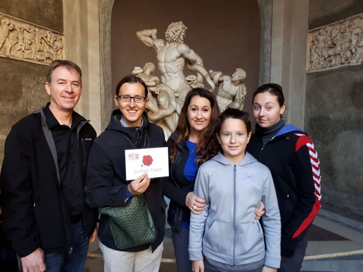 What a great photo of our clients in the Vatican Museum on November 23rd. We are so happy our clients chose this early access and got to see all of the highlights of the Vatican Museum without all the busy crowds. For more information on our Vatican early entrance tours: www.livitaly.com/tour/early-entrance-vatican-small-group-tour/?src=pinterest
