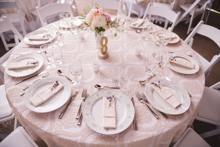 #reception #wedding #table #tabledecor #florals #tablenumbers #gold #peach #china #white #lacetablecloths #lace