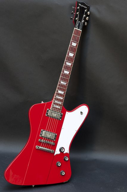 Ronin Guitars Phoenix