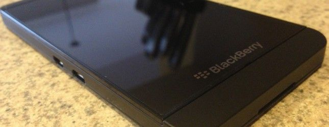 BlackBerry does 'not approve of or condone' the fishy BBM for Android reviews, denies any involvement