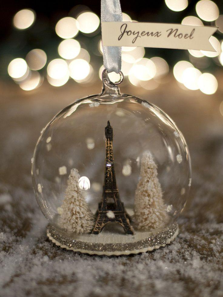 Paris Themed Christmas Tree