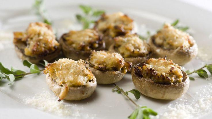 Une recette de champignons farcis de Buddy, présentée sur Zeste et Zeste.tv.